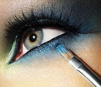 თვალის მაკიაჟი Eye-Makeup