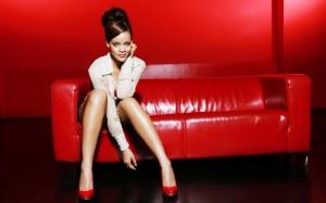 rhianna-red-shoes