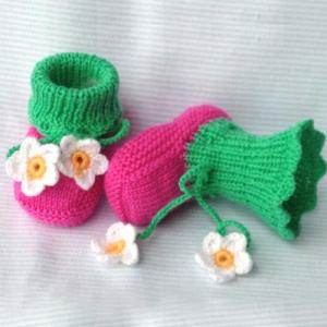 kid's knitted shoes